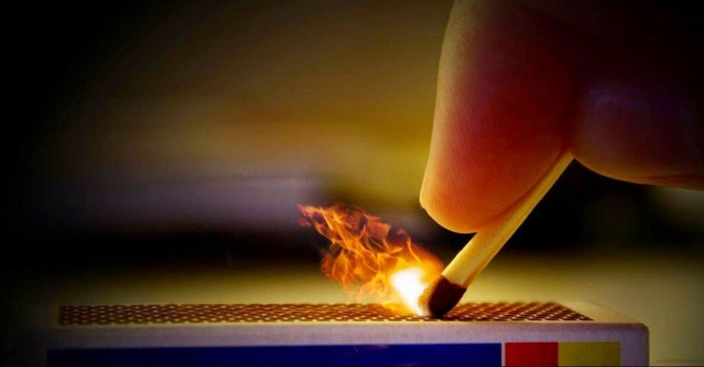 Şömine nasıl yakılır?